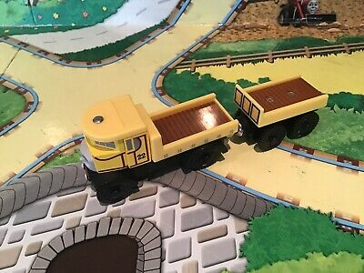 Thomas The Tank Engine Brio/ELC Style Wooden Trains Isabella & Truck • 16.99£