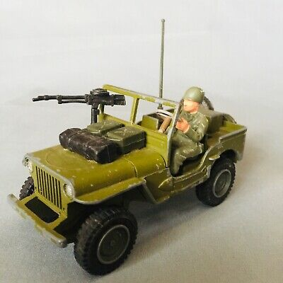 Dinky Toys Military US Jeep And Cannon • 6£