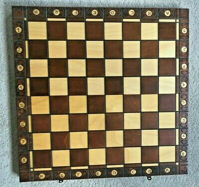 Chess Set And Wooden Board - Folding Box Design • 5.50£
