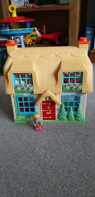 ELC Happyland Rose Cottage With Sounds And Figure • 4£