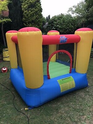 Kids Bouncy Castle • 16£