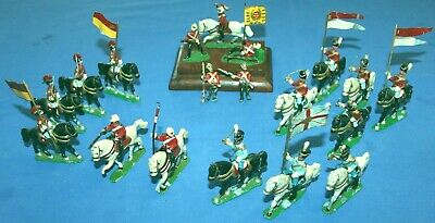 19 X 1950's Hand Made Lead Soldiers. Hand Painted With 14 Horses & 7 Standards. • 25£