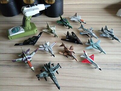 13x Diecast Planes With Hand Sound Control • 14.99£
