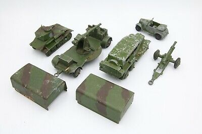 Early Dinky Military Vehicles • 7.50£