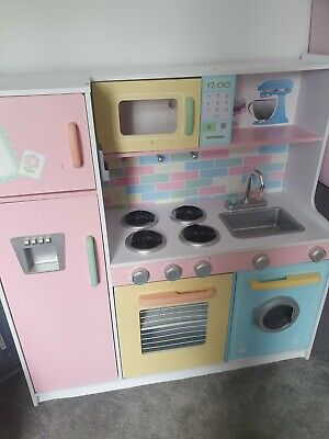 KidKraft Large Pastel Kitchen • 40£