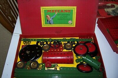 2 Vintage Meccano Sets With Accessories  See Full Description • 37£