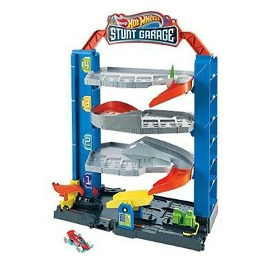 Hot Wheels City Stunt Garage Playset & Race Car - Free UK Delivery • 34.99£