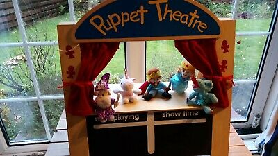 Children's Finger Puppet Theatre: Wood And Fabric • 27£