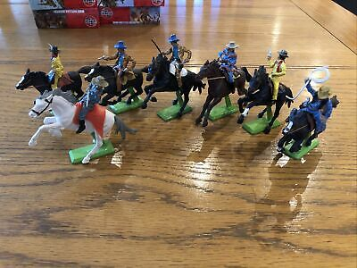Britains Deetail Wild West Mounted Cowboys Excellent Soldiers 1/32 • 20£