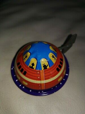 Tin Treasure Toys 92015 Wind Up Flying Saucer • 16.95£
