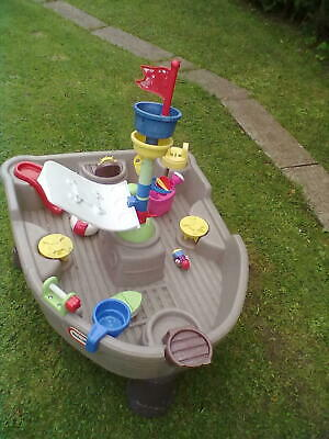 Little Tikes Pirate Water Table - Leeds • 30£