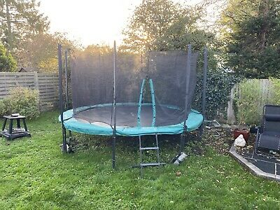 Skyhigh Xtreme 360 Trampoline 14 Foot! Cost £550 • 60£