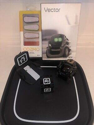 Anki Vector With Accessories • 100£