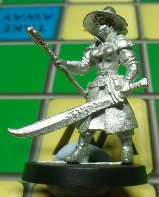 Stonehaven Miniatures Female Fighter Mage Figure • 1.20£