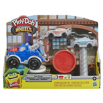 Play-Doh Wheels Tow Truck Play Set • 11.99£