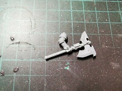40k Blood Angels Space Marine Sanguinary Guard 1 Handed Encarmine Power Axe Bits • 2.20£