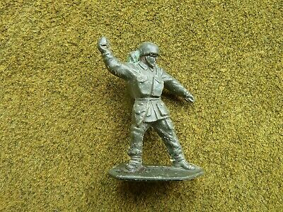 Lone Star Grenade Thrower And Mexican, + ?Kentoys/Cavendish Constable + Tree • 11£