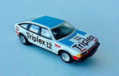 Scalextric Slot Cars Rover 3500 Triplex Boxed • 7.10£
