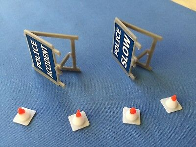 Dinky Toys #287 Ford Transit Police Van Repro Road Signs And Cones. • 6£