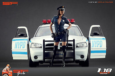 1:18 Police Girl Figurine VERY RARE !! NO CARS !! For Diecast By SF • 66.77£