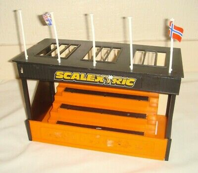 SCALEXTRIC C705 Grandstand - Incomplete • 12.95£