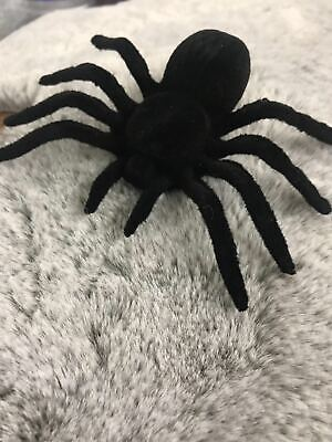Kids Fake Realistic Spider Insect Model Halloween Joke Prank Props Scary Toy • 1.99£