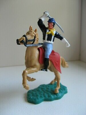 TIMPO - 7th CAVALRY MOUNTED UNION SOLDIER WITH SABRE OVERHEAD - WHITE GLOVES. AJ • 35£