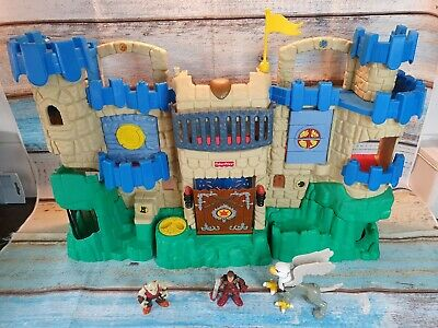 Fisher Price Imaginext Adventures Castle With Figures. • 26.99£