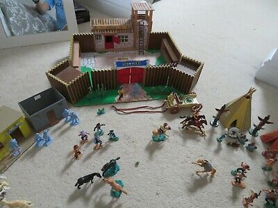 Toy Wooden Fort With Timpo Cowboys, Indians, Wigwams & Canoes • 4.99£