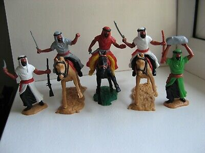 Timpo - Three Mounted And Two Standing Arabs. • 10.50£