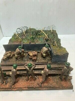 WW2 Hand Made Diorama - 1/32 Scale British Support Group In A Trench • 11.99£