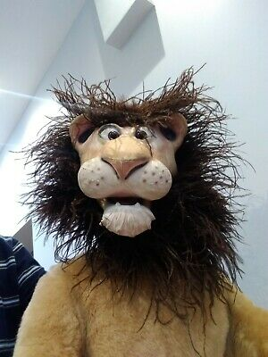 Used Axtell Expressions Lion Puppet • 120£