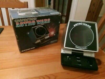 Boxed Grandstand Astro Wars Vintage 1981 Tabletop Electronic Game  • 47£