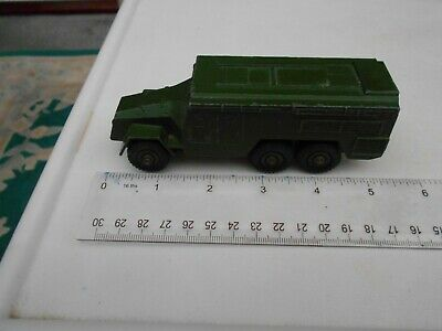 DINKY ARMOURED COMMAND No 677 • 5.99£