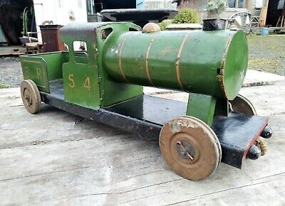 LARGE Vintage TRI-ANG Tin Plate Toy Train Engine • 95£