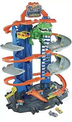Hot Wheels City Ultimate Garage Playset • 75£