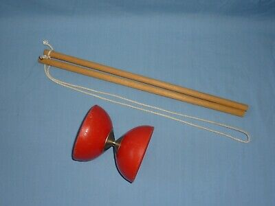 Diabolo And Wooden Sticks  - 10cm Diameter • 7.99£