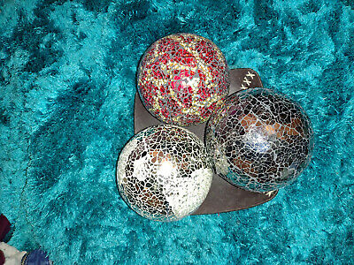 3x Mosaic Crackle Balls Set With Leather Bowl • 15£