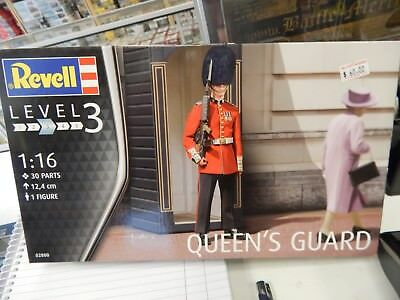 REVELL 1/16 SCALE PLASTIC CONSTRUCTION KIT Queens Guard • 27.72£