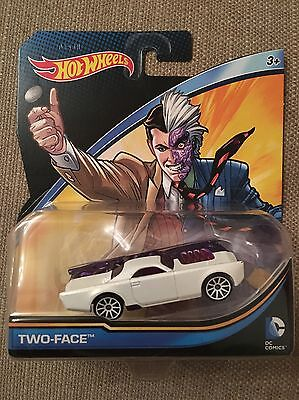 Hot Wheels DC Two Face • 12£