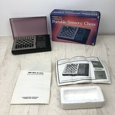 *** RARE Radio Shack 1650 Tandy Portable Sensory Chess - Complete & Working *** • 29.99£