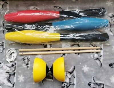 Brand New 3x Juggling Clubs And A Yellow Diabolo • 15.50£