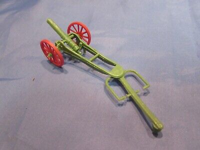 Vintage 1970's Green Red Plastic Wheels Cannon Gun Carriage Military • 6£