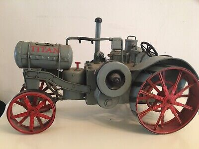Titan Scale Model Tractor Vintage Collectible • 40£