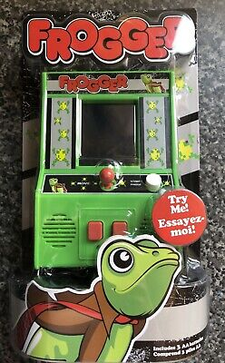 FROGGER Classic Arcade LED Handheld Game By Basic Fun Brand New Sealed  • 24.99£