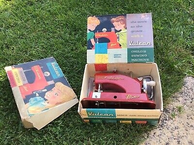 VULCAN MINOR Childs Sewing Machine • 4.99£