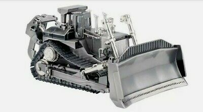 *LIMITED EDITION* Silver Norscot CAT D11R Track Type Tractor 55148 1:50 Scale • 74.99£