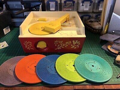 Vintage Fisher Price Music Box Record Player With 5 Records. Retro Kid's Toy • 11.99£