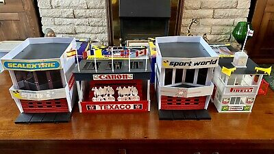 Scalextric Trackside Props Buildings + Boxes • 80£