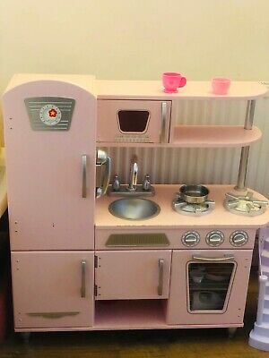 Kids Play Kitchen • 21£